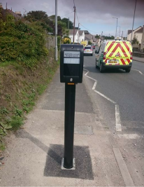 """Waste of money"" pavement-hogging Hayle pelican crossing pole disappears after just a few days"